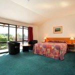 Large Bedroom Heritage Hotel Omarama